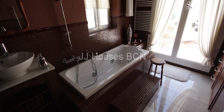 cuarto de baño salida terraza)